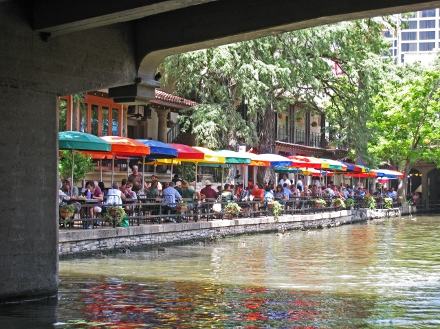 Outdoor seating on the San Antonio Riverwalk
